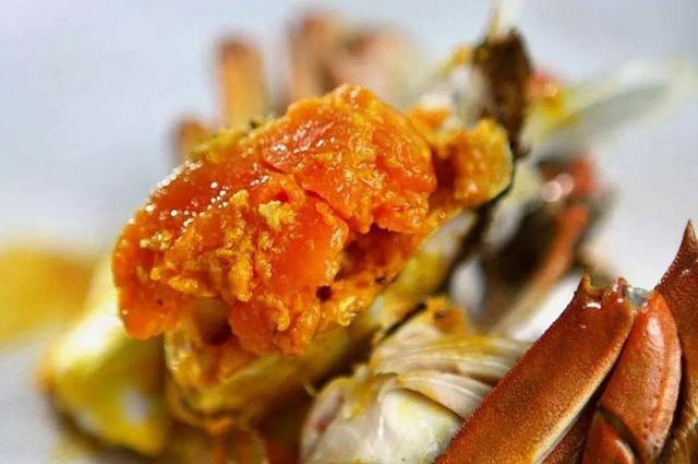 大闸蟹公蟹好吃还是母蟹好吃?