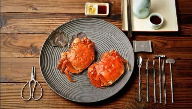 大闸蟹怎么吃?蟹八件的简易用法